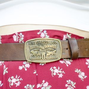 Vintage Levi's Brown Leather Belt / Small